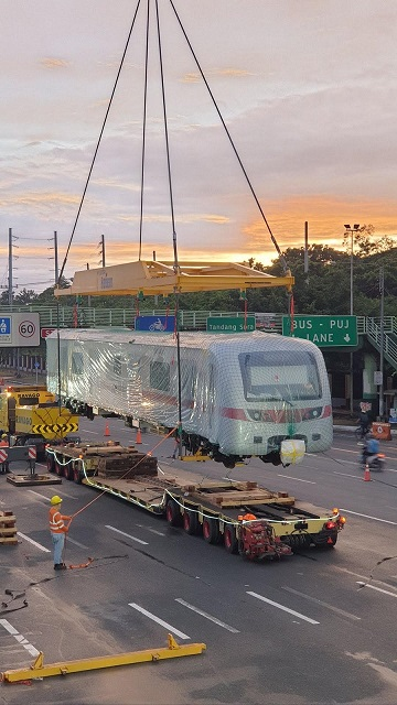 SMC Places First Trainsets on MRT-7 line 2